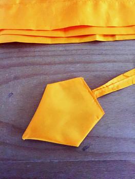 Balifahnen-Stoff NUSA DUA mit Rauten-Spitze, verschiedene Farben und Längen, Balifahne, Bali Flag, Gartenfahnen – Bild 17